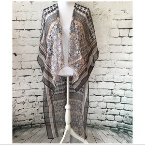 BCBGENERATION Sheer Hi-Low Abstract Print Kimono